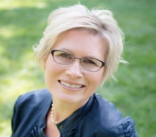 Kim Rovers Bioidentical Hormones Ottawa Revivelife